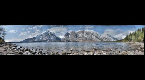 Jenny Lake in the Gradn Tetons Natioal Park, Wyoming, USA