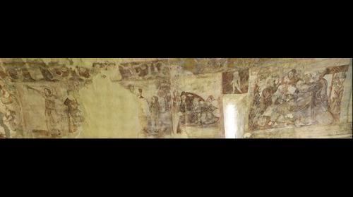 Pinturas muro sur Iglesia San Salvador de Moru (S.XIII) - Ribadesella, Asturias, España - 2 de 2