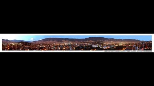 Vista de 220º desde el barrio Laureles, Medellín, Antioquia, Colombia, Suramérica. 2012