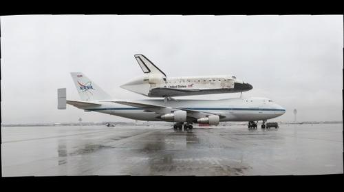 Discovery Waits at Dulles
