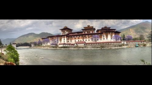 Punhaka Dzong Panorama