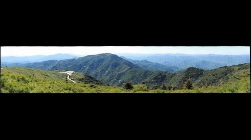 遥望妙峰山