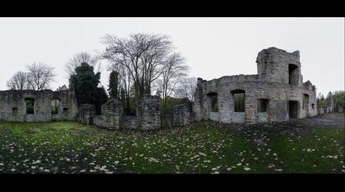 Ruin cropped  panorama