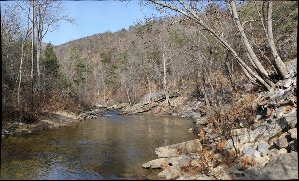 Massanutten Sandstone exposed at Red Hole on Passage Creek