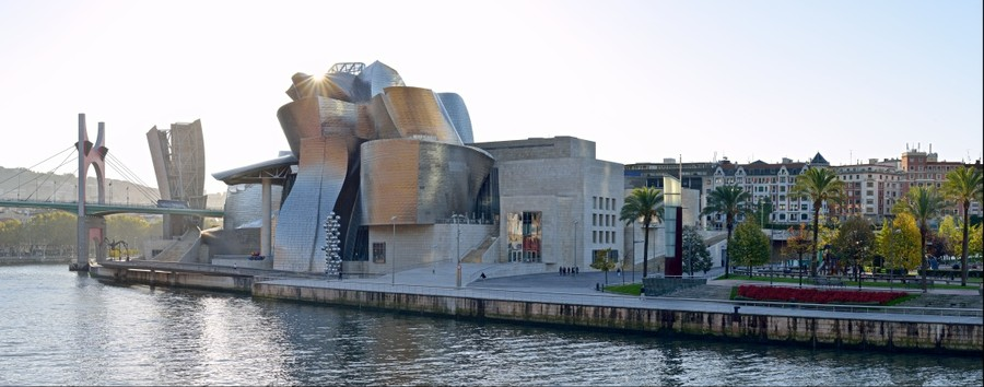 Bilbao Guggenheim at sunrise