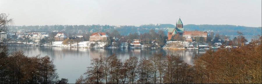 Winterpanorama der Inselstadt Ratzeburg
