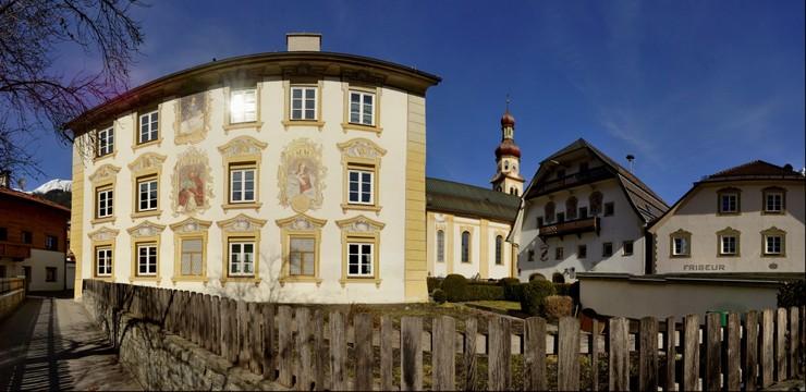 Widum und Pfarrkirche Fulpmes