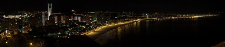 Benidorm de noche