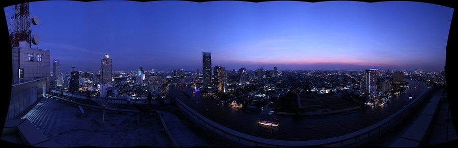 Blue Hour in Bangkok