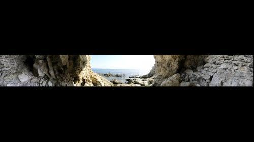 Тарханкут. Пещерка