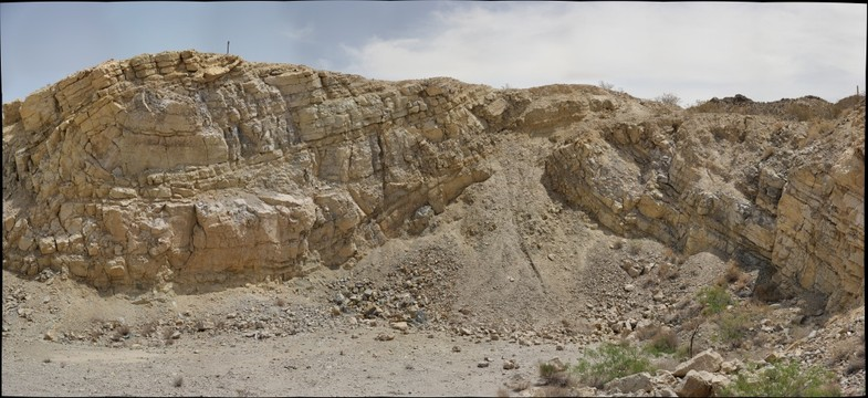 Cristo Rey: Buda Formation - overturned syncline