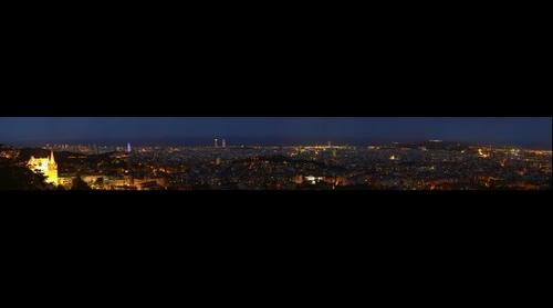 Panorámica Nocturna de Barcelona