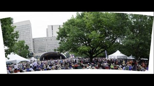 Crowd Scene, Ottawa International Jazz Festival