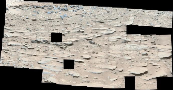 Curiosity sol 309 (false color)