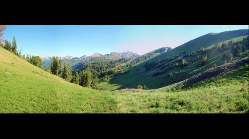 Wyoming Range mountain peaks