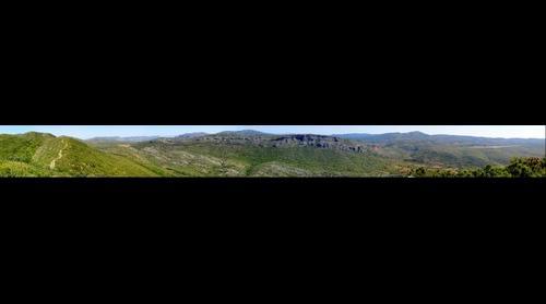 """Desde """"El Pinet"""" (Siete Aguas) mirando hacia la Sierra de Santa María."""