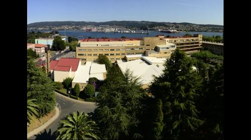 Ferrol. Hospital Xeral e ría de Ferrol
