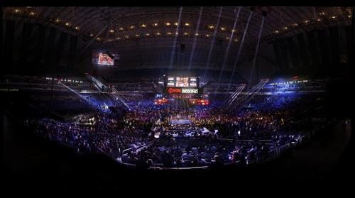 BRONER VS. MAIDANA, Alamodome, TX 12/14/2013