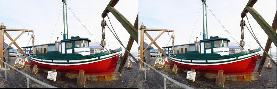 Old Fishing Boat in Stereoscopic 3D