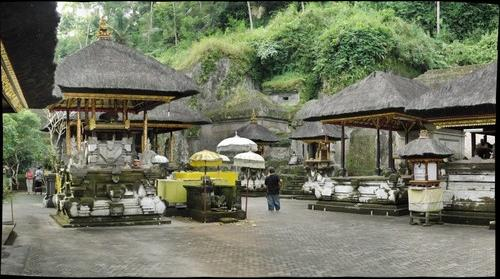 Gunung Kawi Temple 2 Bali Indonesia