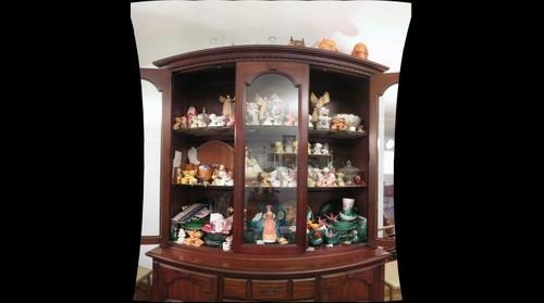 Grandma Stubbs's Curio Cabinet