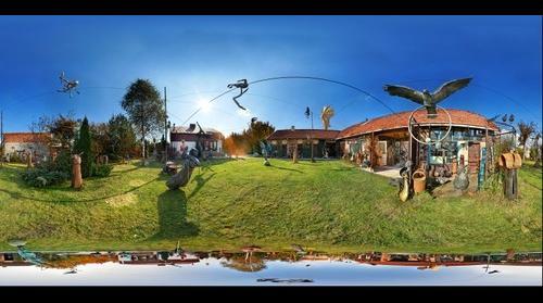 Jerzy Kędziora - Balancing Sculptures
