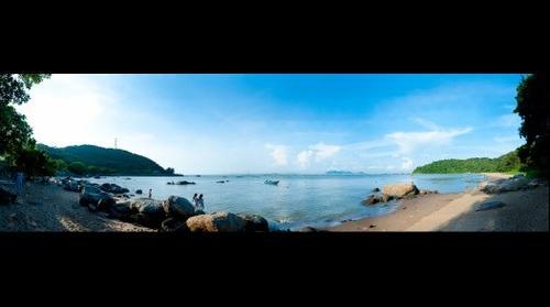 The East Bay of NeiLingDing Island