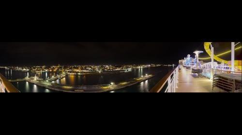Nassau bei Nacht