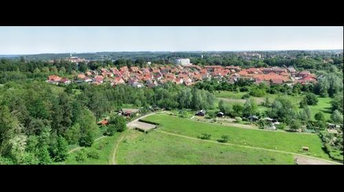 Ratzeburg - Blick auf den Röpersberg und auf den Ratzeburger Dom im Hintergrund