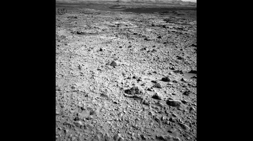 http://mars.jpl.nasa.gov/msl-raw-images/proj/msl/redops/ods/surface/sol/00729/opgs/edr/ncam/NLB_462216240EDR_F0401850NCAM07753M_.JPG