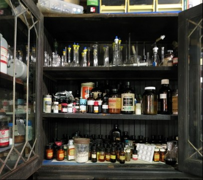 Sasha Shulgin's lab: chemical storage cabinets (left side)