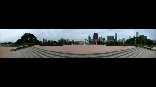 Chicago - Buckingham Fountain, seen from the stairs to Lakeshore Drive