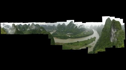 View of the Lijiang river between Guilin and Yangshuo
