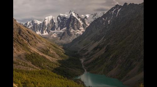 Вид на Шаклинское озеро с горы