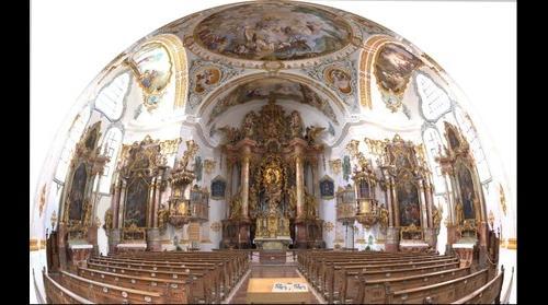 Kirche Maria Königin des hl. Rosenkranzes