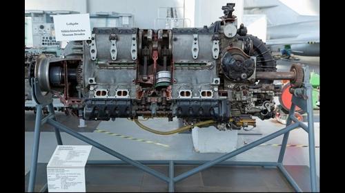 Flugmotor JUMO 213 A