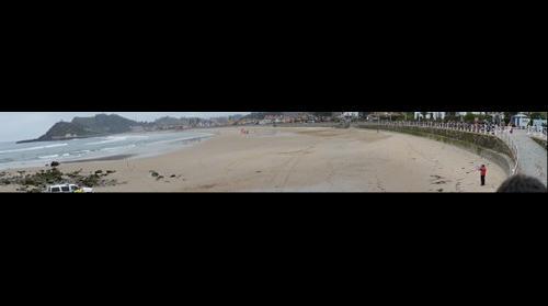 Panoramica Playa SantaMarina Ribadesella Carrera caballos 2015