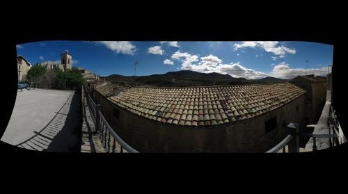 Vista del Monte San Pedro desde el barrio del Palazón de Cáseda