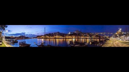 Panorámica de Oporto desde el Duero