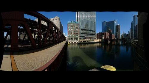 Chicago River and bridge