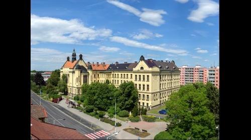 Gymnazium Kladno