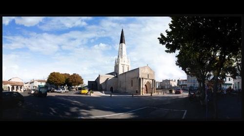 Ars en Ré, Place de l'Eglise