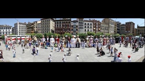 Gigantada del Día de las Peñas 2015