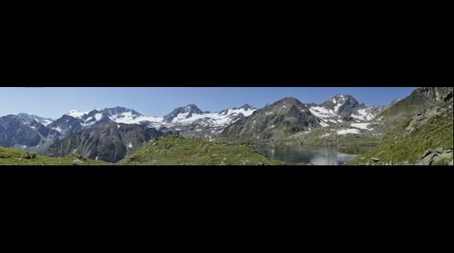 Stubaier Gletscher mit Mutterberger See