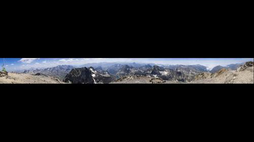 Panorámica desde el Balaitus desde el lado oeste de la cima