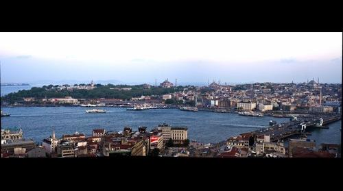 Estambul vista parcial desde la Torre Galata
