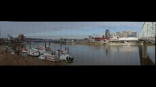 Cincinnati - Paul Brown Stadium, Great American Ballpark, US Bank Arena and the Cincinnati skyline from Newport, Ky