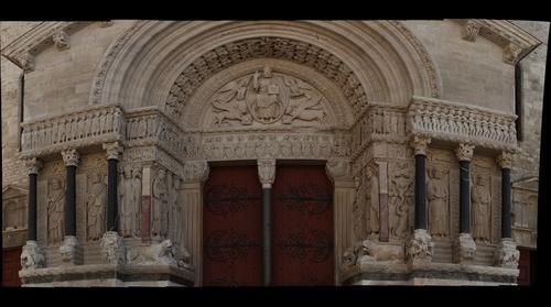 Saint-Trophime, Arles