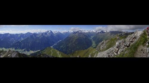 Stubaital Panorama vom hohen Burgstall richtung Gletscher