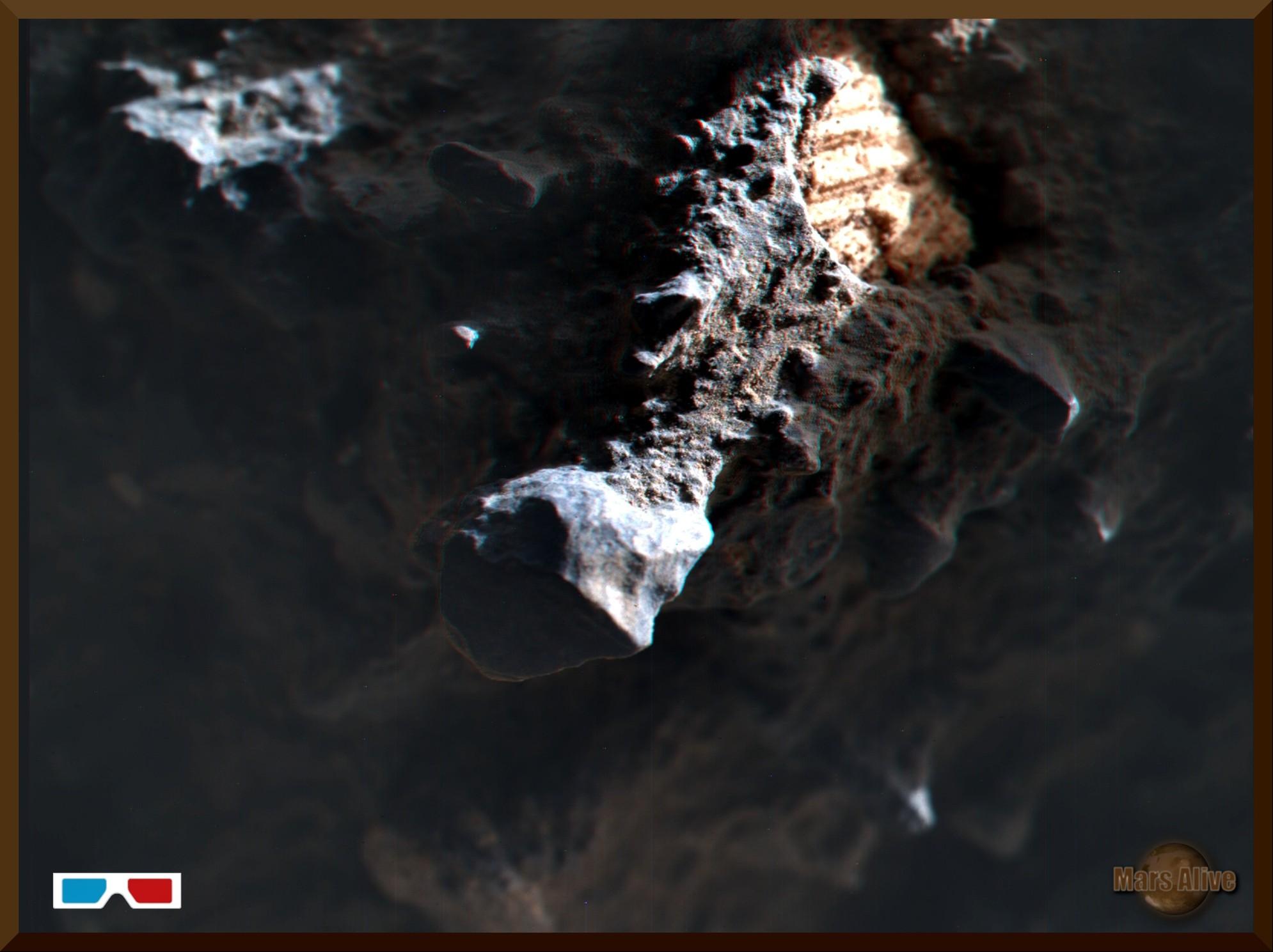 Sol 1409 Curiosity MAHLI (Hand Lens) 3D